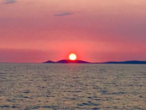 Croatie lastovo yoga iyengar hotel solitudo ubli pasadur coucher soleil