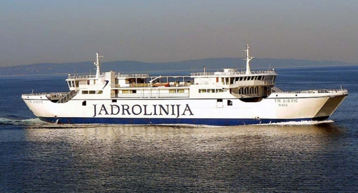 ferry jadrolina Croatie lastovo yoga iyengar hotel solitudo ubli pasadur