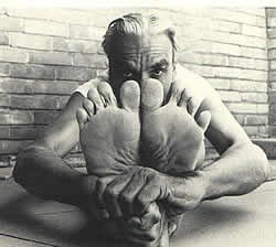 paschimottanasana Yoga Iyengar Saint-germain en laye 78100 BKS